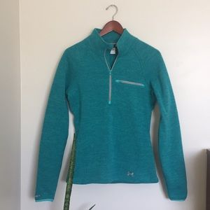 Like New Under Armour Fitted Storm Pullover Top S